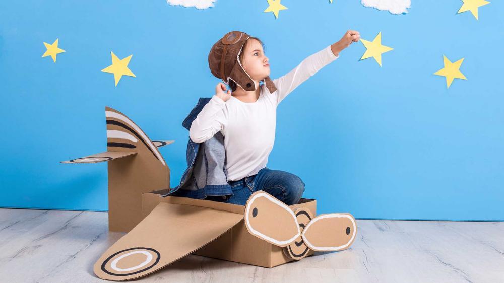 dbcd3045be 6+1 Συμβουλές Για Τα Παιδιά Που Δεν Αισθάνονται Άνετα Να Φορέσουν Αποκριάτικες  Στολές.