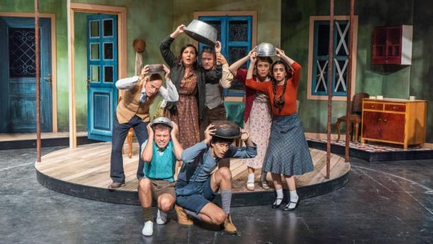 Θέατρο: «Ο Μεγάλος Περίπατος του Πέτρου» της Άλκης Ζέη στο Θέατρο Κατερίνα Βασιλάκου_ Μαριάννα Τόλη