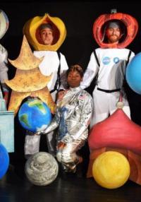 Θέατρο: Οι τρεις κοσμοναύτες του Ουμπέρτο Έκο στο Πολιτιστικό Πάρκο